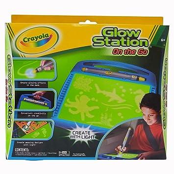 amazon com crayola glow station on the go toys games