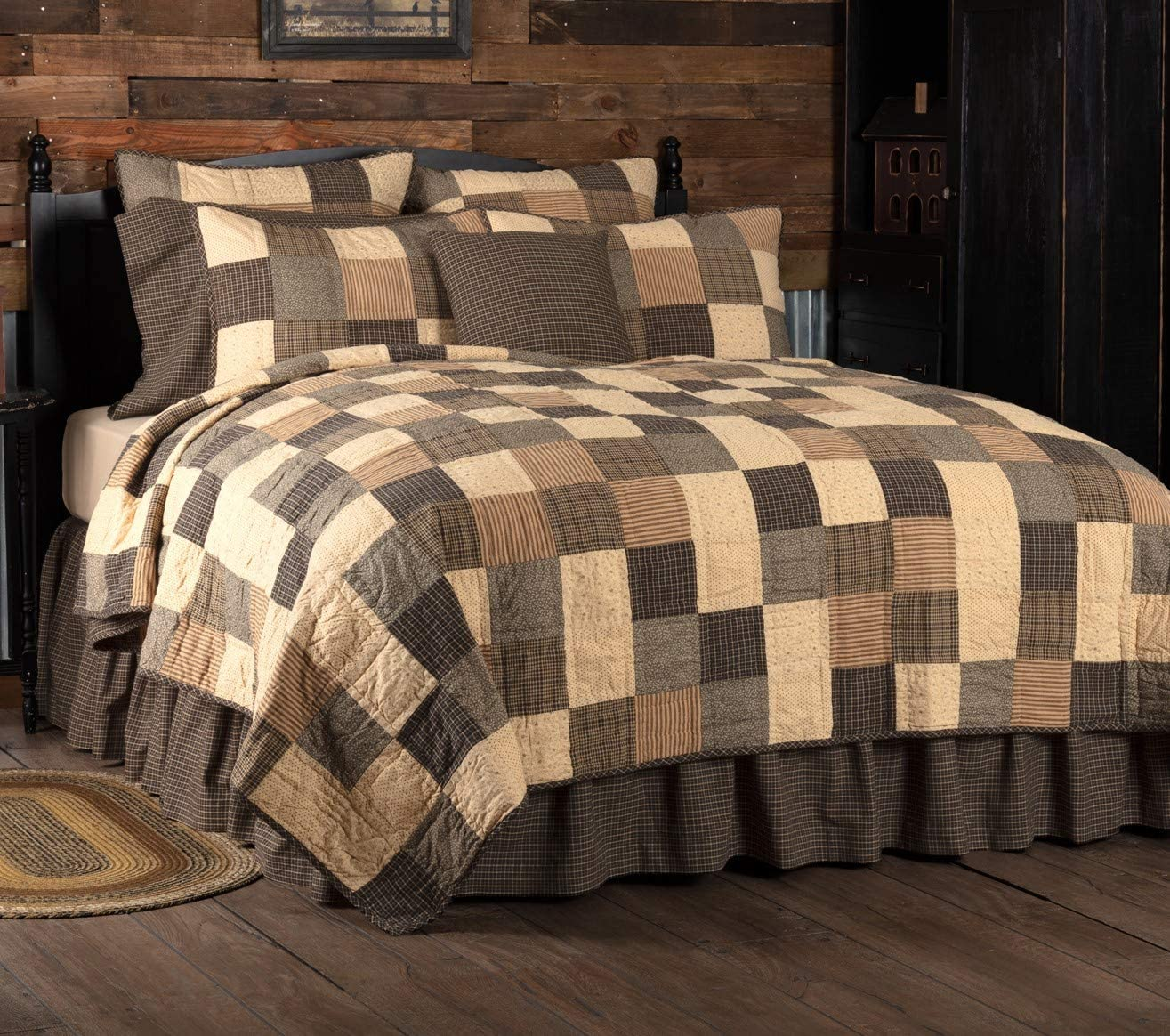 VHC Brands Primitive Bedding Prim Grove Cotton Pre-Washed California King Quilt, Country Black