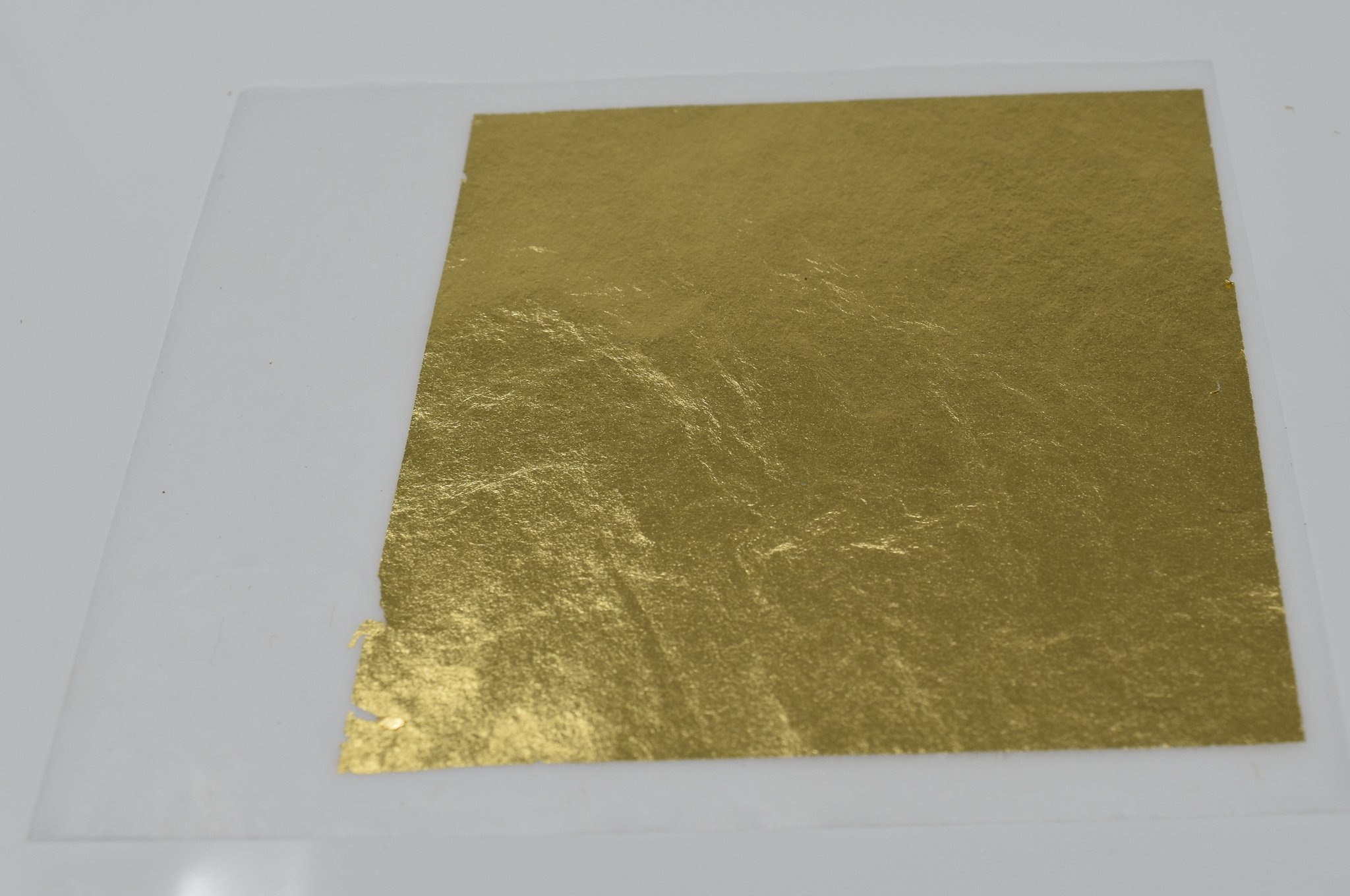 24 Karat Edible Gold Leaf Firm Transfer Sheets by Slofoodgroup (Hard Press Transfer Sheets) 25 Sheets per Book, 3.15 in. by 3. 15 in. Hard Press Transfer Sheets by SLO FOOD GROUP (Image #5)
