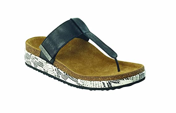 83a2acec8ed978 Amazon.com  Aetrex Phoebe Thong Sandal  Clothing
