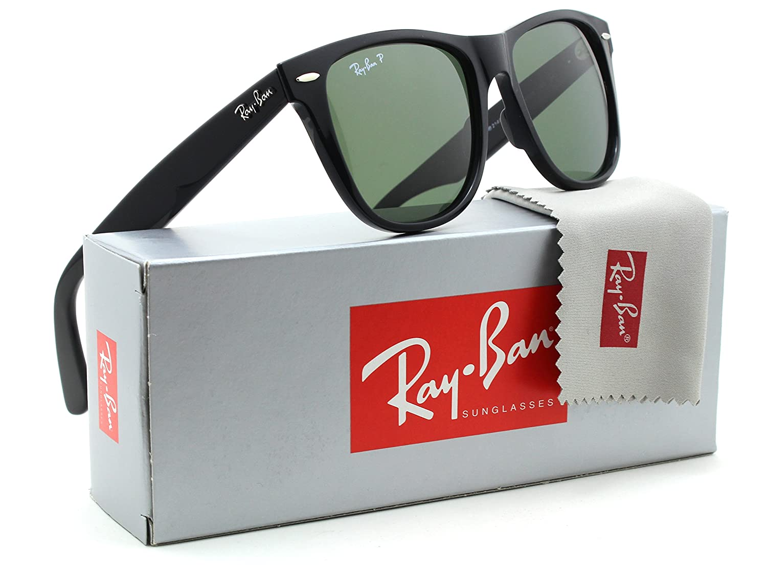 3bd83cfba4 Ray-Ban RB2140 Original Wayfarer Classic Polarized Sunglasses Black 901 58-54mm   Amazon.co.uk  Clothing