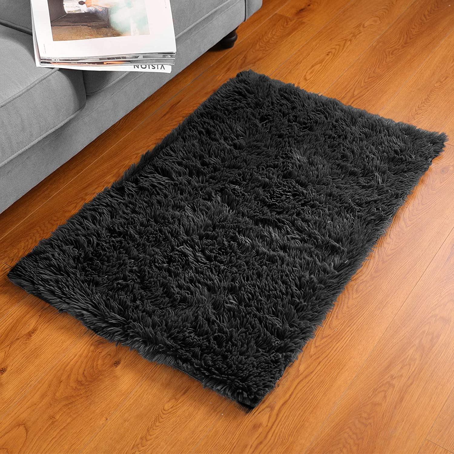 BAYKA Fluffy Machine Washable Area Rug Indoor Ultra Soft Shag Area Rug for Bedroom, Non-Slip Floor Carpet for Kids Home Decor Nursery Rug 2x3 Feet Black