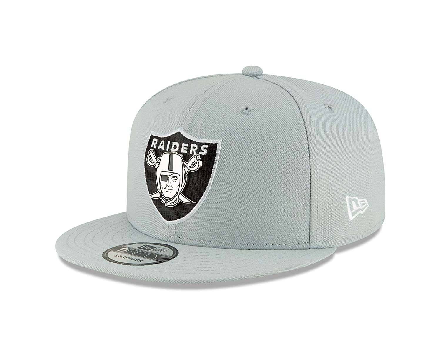 df3294566e8 Amazon.com   New Era Oakland Raiders Metal and Thread 9FIFTY Snapback  Adjustable NFL Hat   Sports   Outdoors