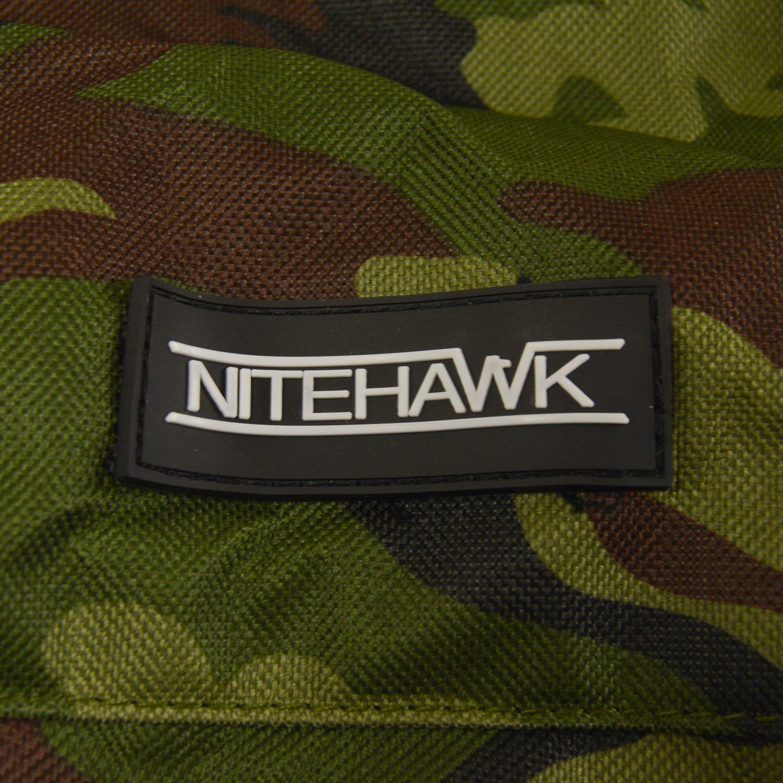 Nitehawk Sac pour bottes de chasse de pêche - pour bottes en caoutchouc -  Camouflage  Amazon.fr  Vêtements et accessoires 243da4c7a8e6
