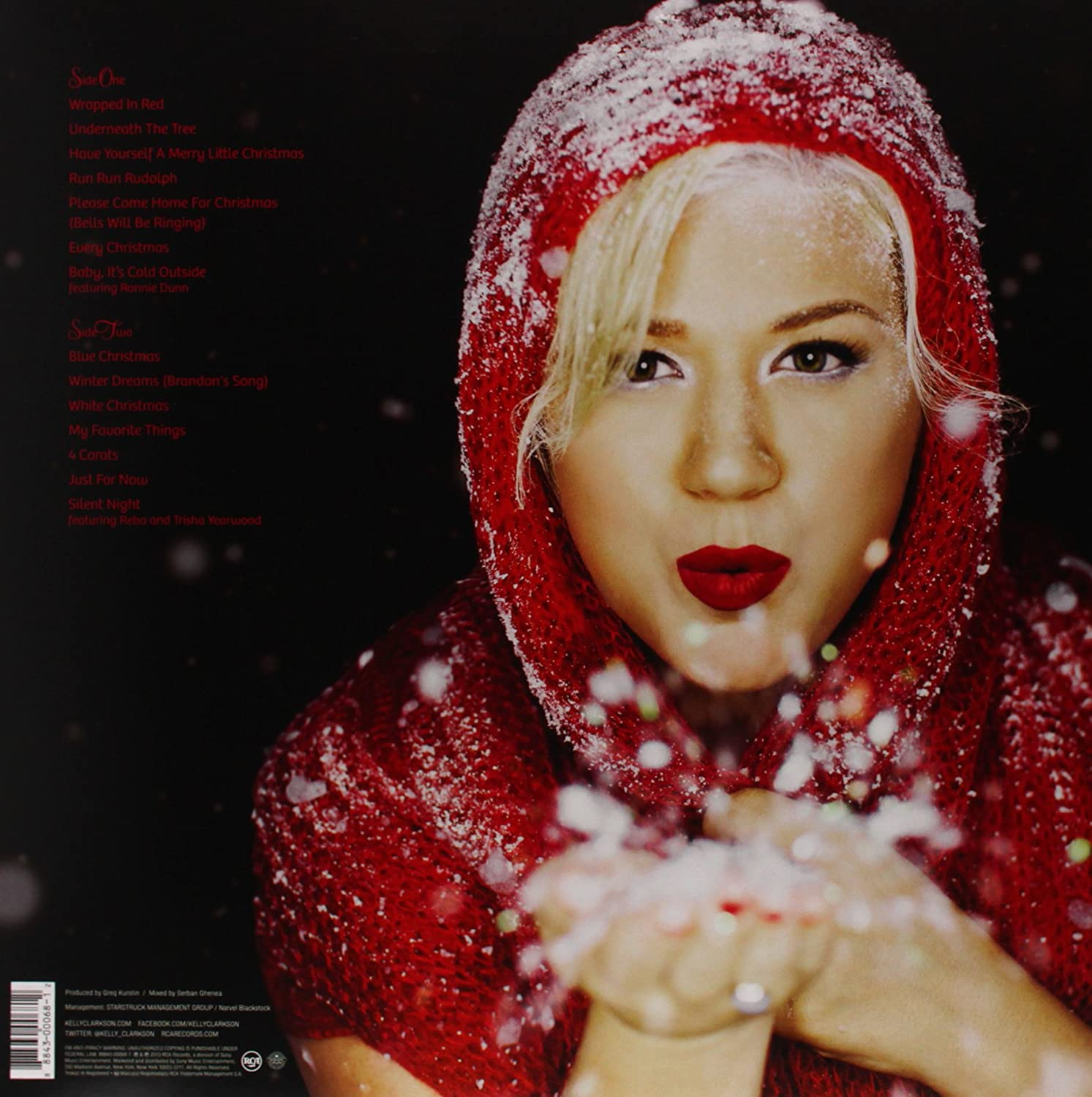Kelly Clarkson - Wrapped In Red - Amazon.com Music