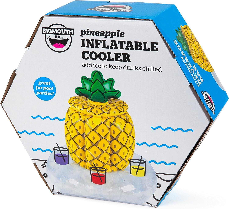 Amazon.com: Bigmouth Inc piña hinchable enfriador: Toys & Games