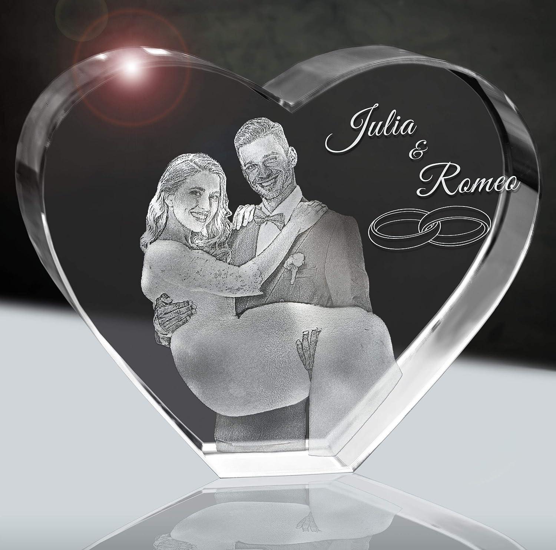 Brautpaar im Kristallherz   Geschenk zur Hochzeit   3D im 80mm Herz