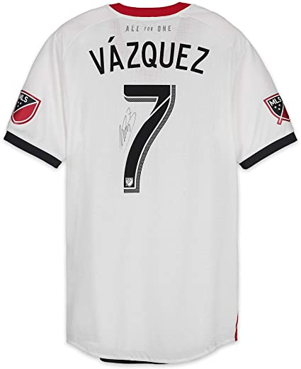 outlet store 6bfdd 37f2a Victor Vazquez Toronto FC Autographed Match-Used White #7 ...