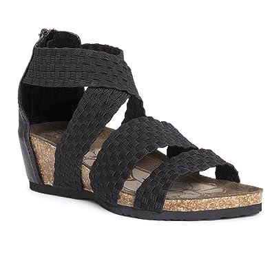6c3e97d90 MUK LUKS Women s Elle Wedge Sandals Flat