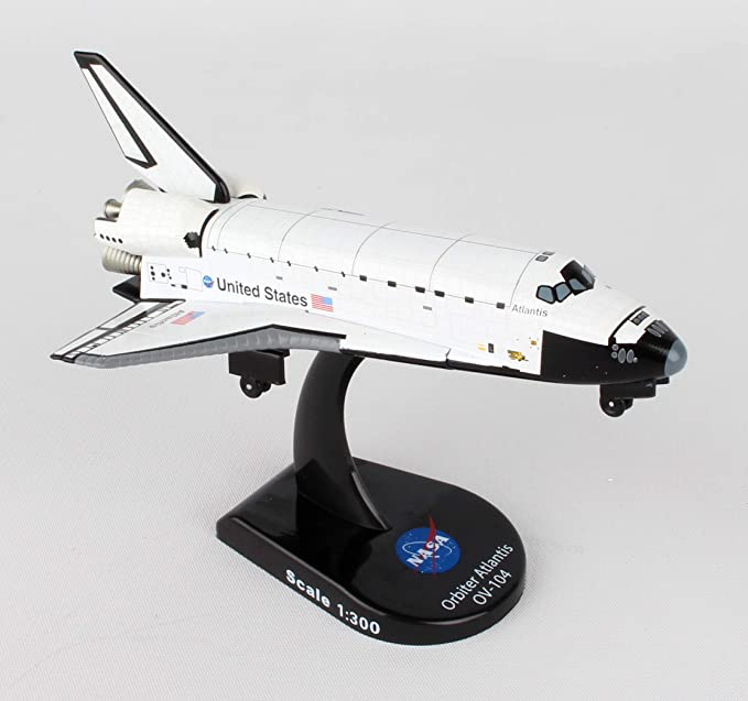 Daron Worldwide Trading E0310 Space Shuttle Full Stack 1//100 Discovery AIRCRAFT