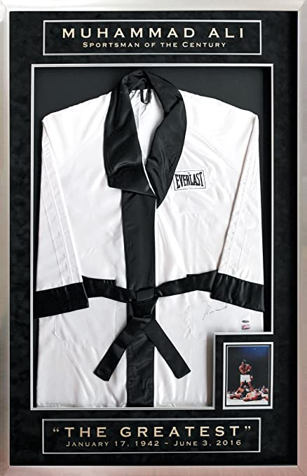 Muhammad Ali Autographed Boxing Robe at Amazon s Sports Collectibles Store fef568858
