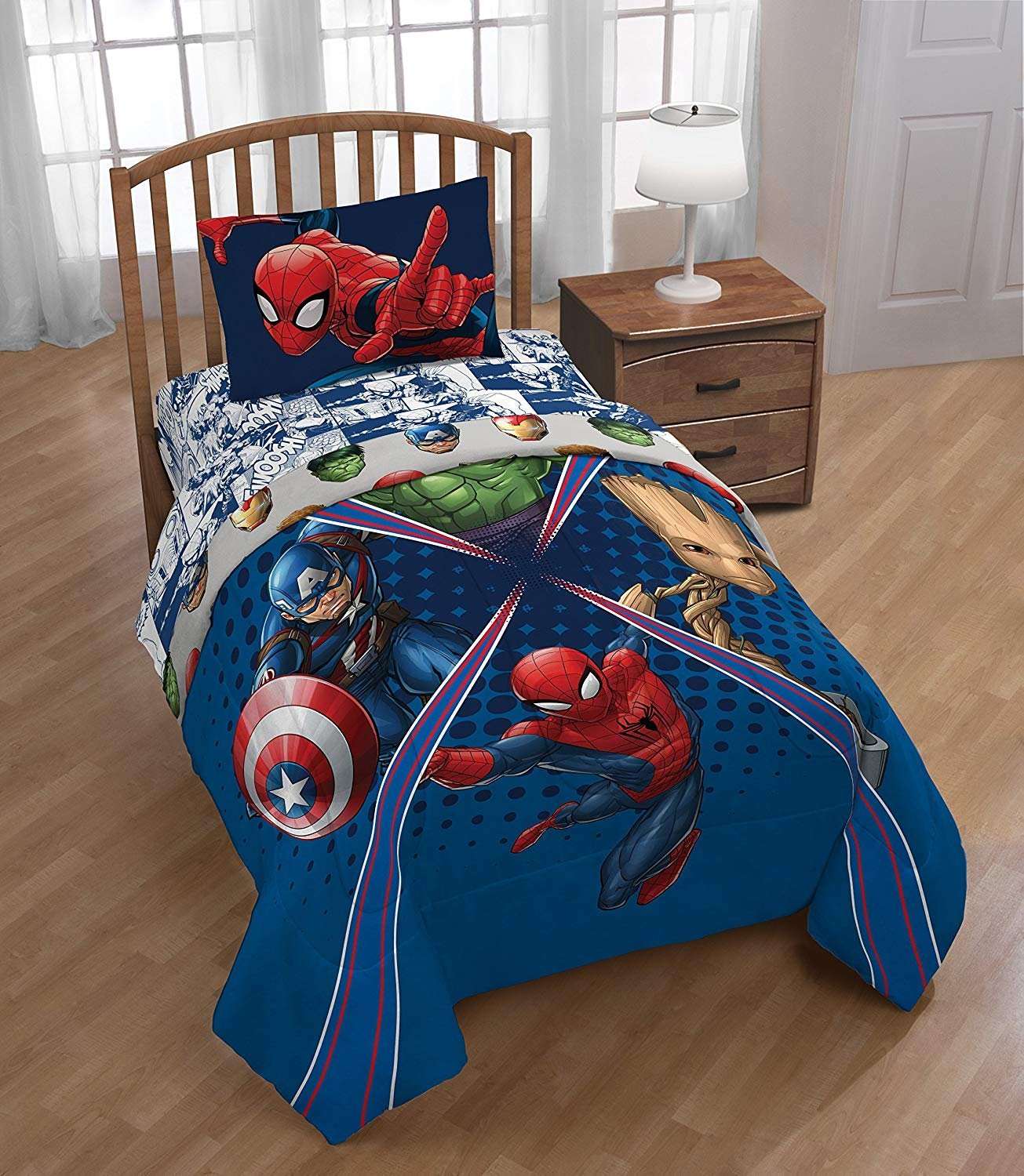 Marvel Universe Battlefront 4pc Twin Comforter and Sheet Set Bedding Collection