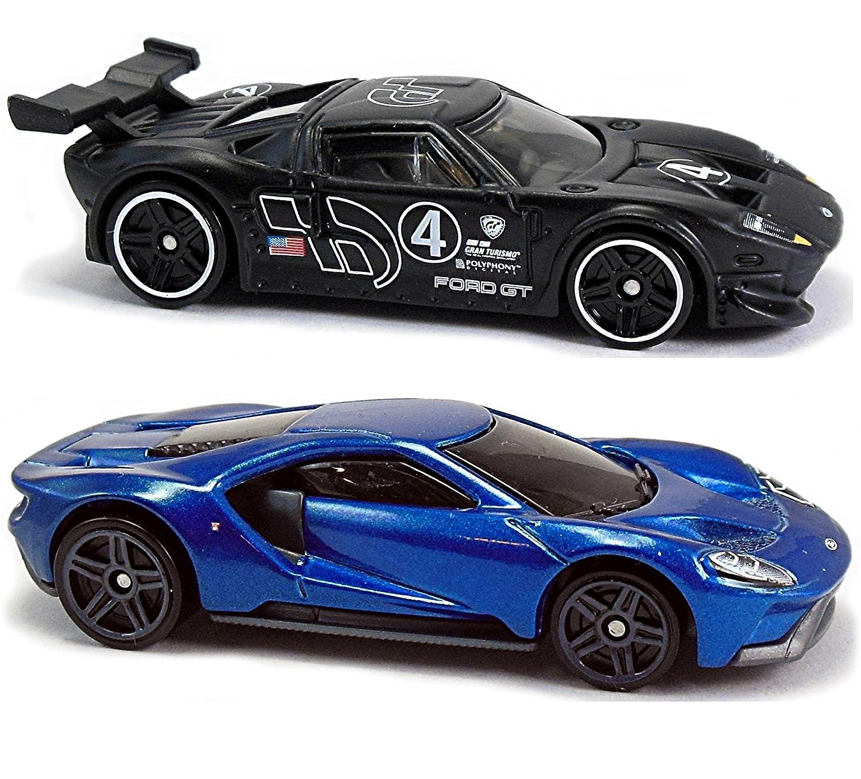 Amazon Com Hot Wheels  Gran Turismo Ford Gt Lm  Ford Gt  Car Bundle Set Toys Games