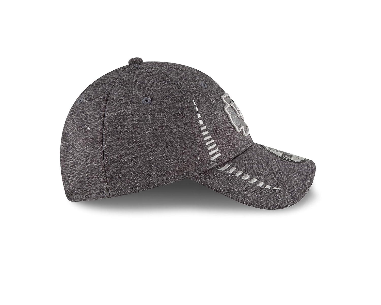 buy online 6dffc 11b94 Amazon.com   New Era Kansas City Chiefs 9Forty NFL Graphite Shadow Speed Adjustable  Hat   Sports   Outdoors