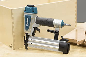 Makita AF505N featured image 6