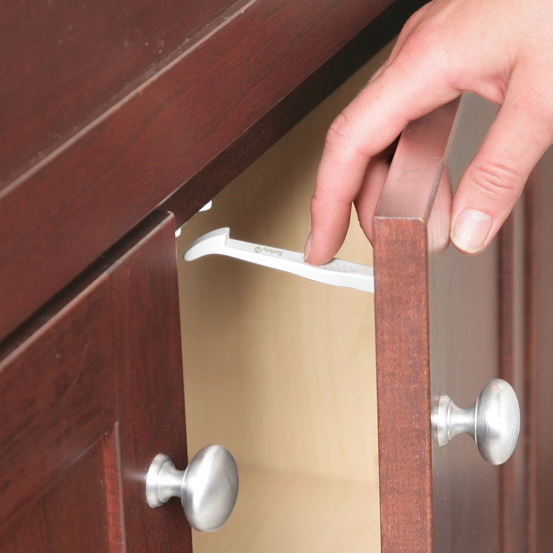 Safety 1st Cabinet and Drawer Latches, 7-Count by Safety 1st (Image #4)