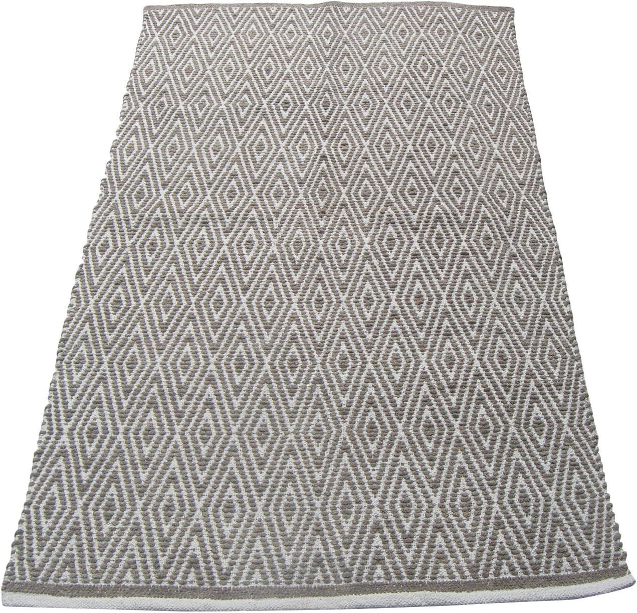 Safavieh Vintage Collection VTG117-330 Oriental Distressed Silky Viscose Area Rug, 2 7 x 4 , Soft Anthracite