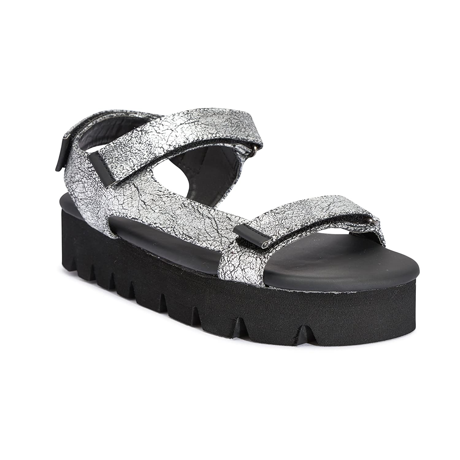 d1460e31d0a TRUFFLE COLLECTION Silver Chunky Flatform Sandal  Buy Online at Low Prices  in India - Amazon.in