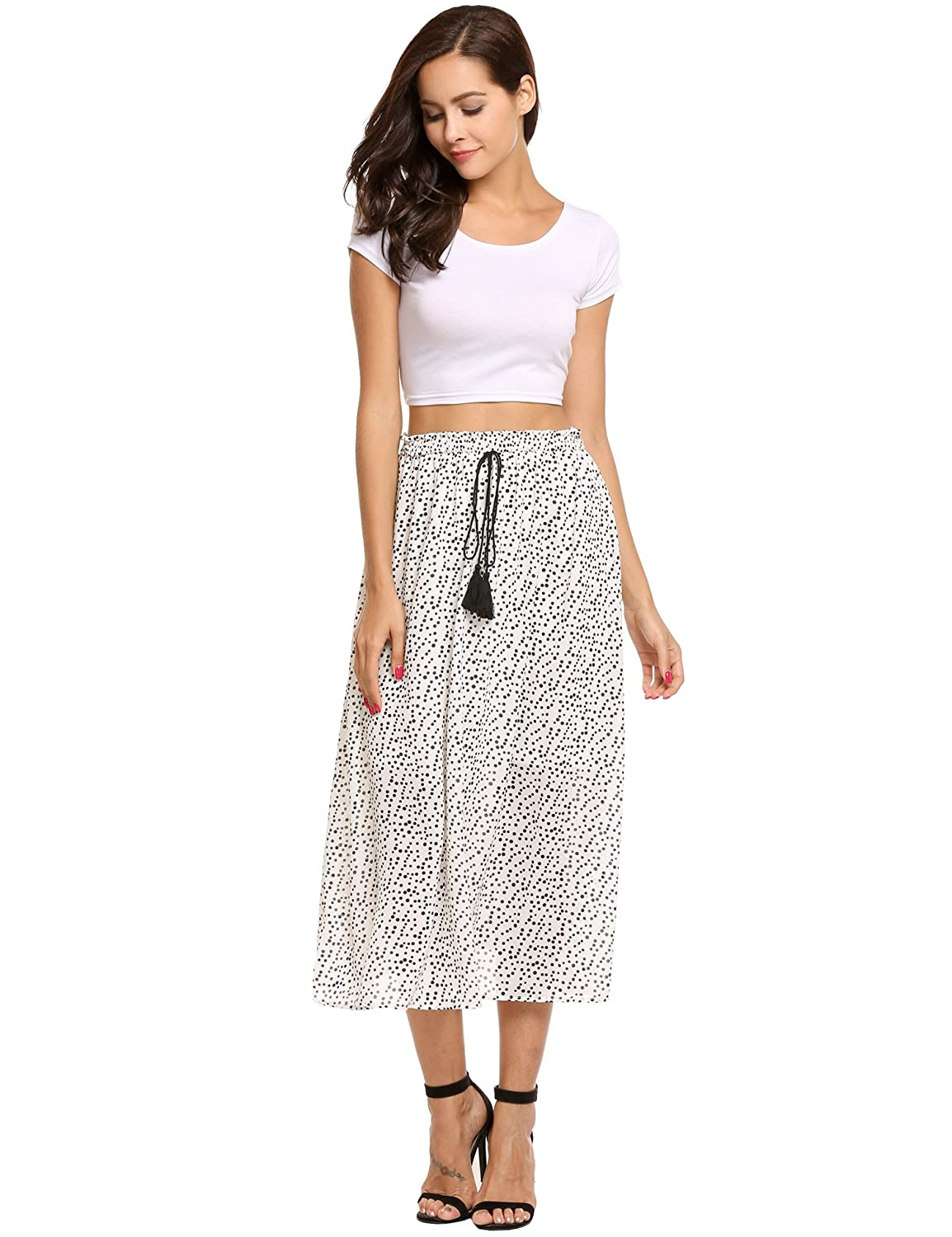 aec3fafa32ffe5 A-line flared silhouette,high elastic waistband, and textured skirt.  Features: Stretchy fabric for comfortable fit, skater skirt with an elastic  inner band