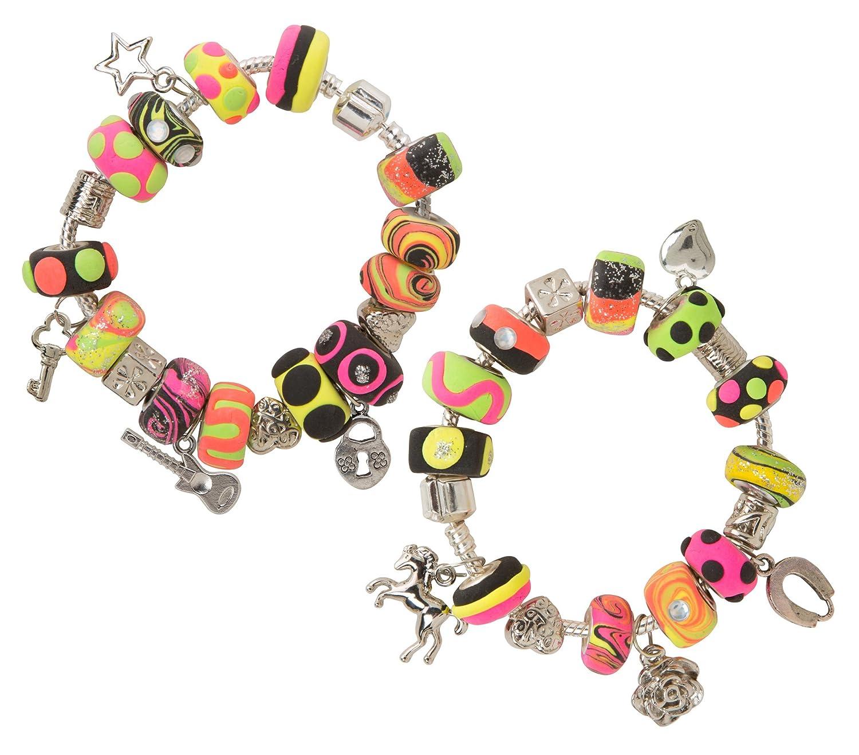 Amazon alex toys diy wear i heart charm bracelets toys games solutioingenieria Choice Image