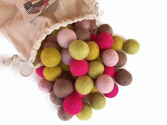 5a8da5f075 Colección llena de color de 50 bolas de fieltro