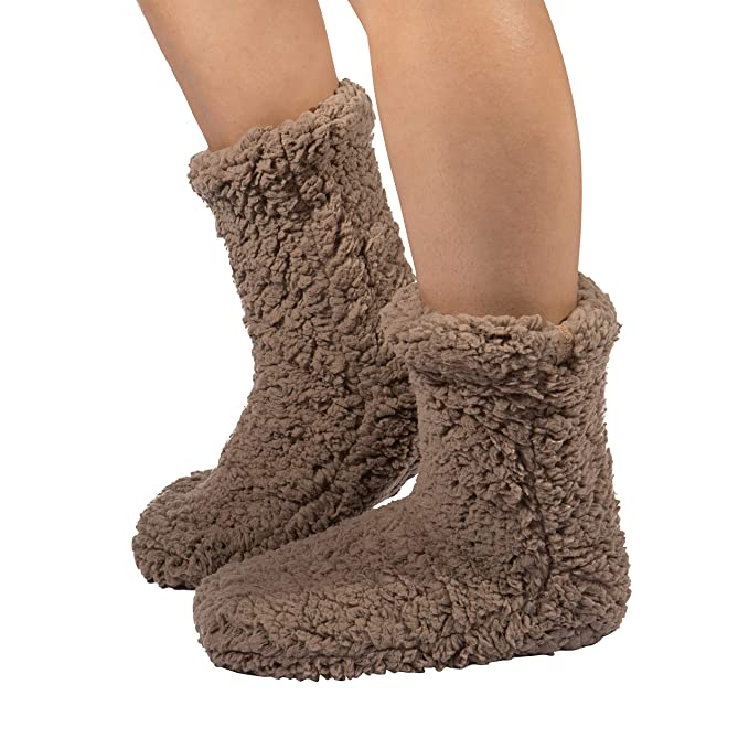 76741140a75 Unique Styles Women Plush Sherpa Lined Slipper Socks with Non Skid Sole  Knit Warm Cozy Soft