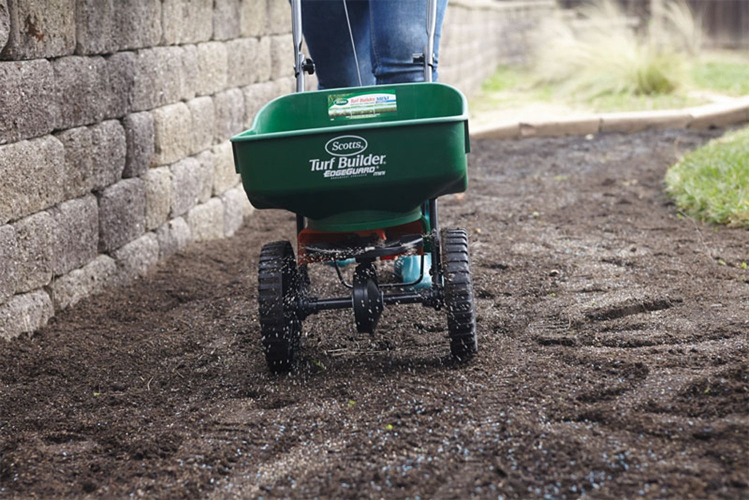 Broadcast Spreader Turf : Fertilizer lawn spreader seed turf edgeguard builder feed
