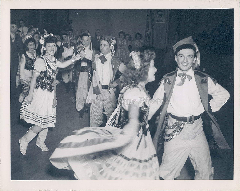 Amazon com: Vintage Photos 1940 Photo People Costume Dress
