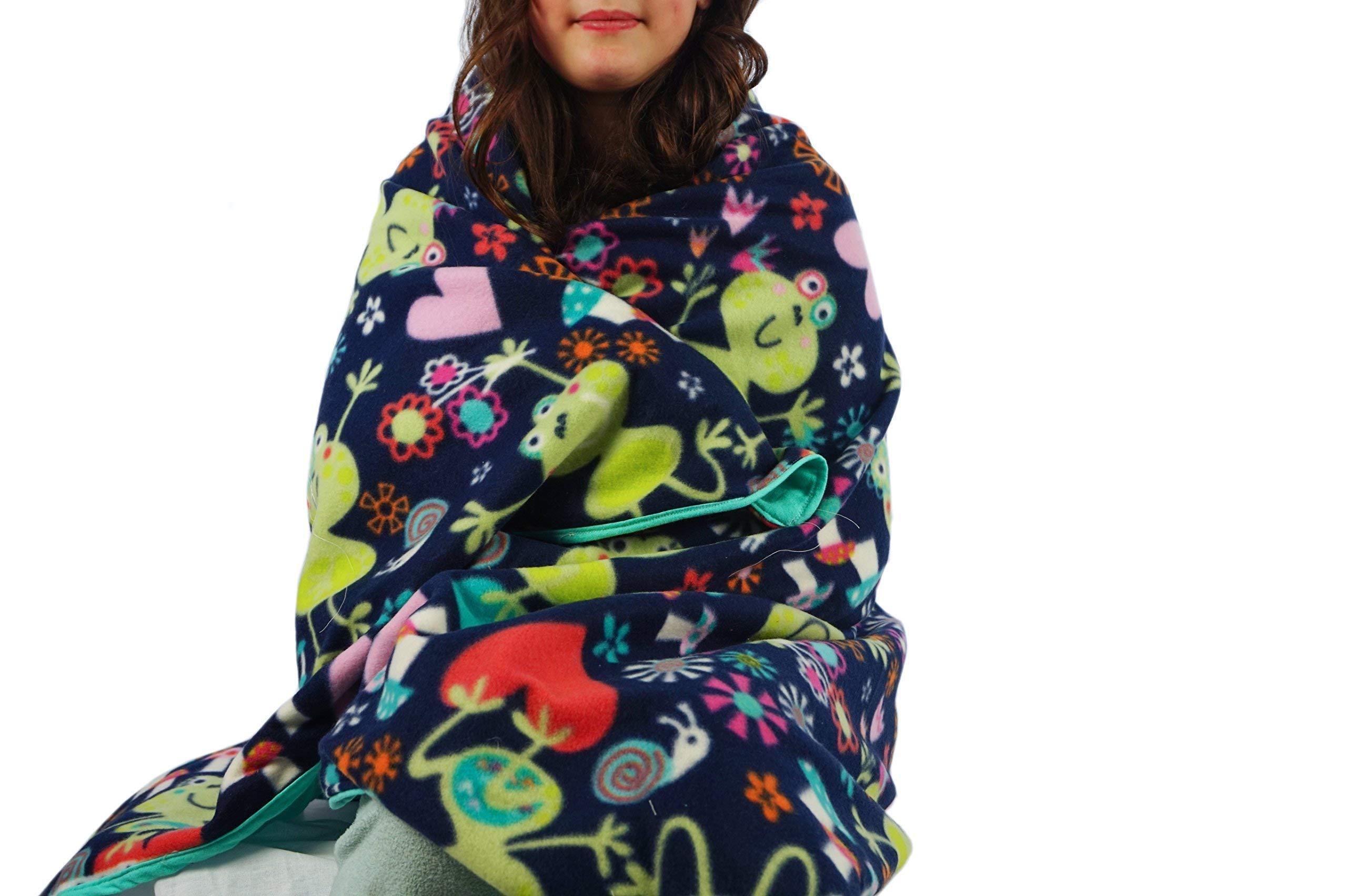 Fleece throw blanket- Smiling frogs
