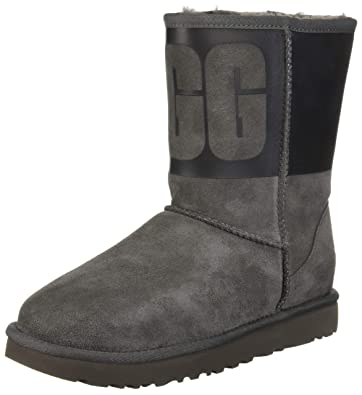 d56cd177c51 UGG Women's W Classic Short UGG Rubber Fashion Boot
