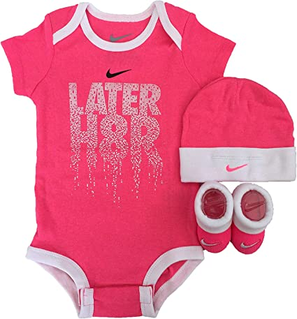 BABY GIRL NIKE JUST DO IT 3 PIECE INFANT SET HAT BOOTIES BODYSUIT 0-6 MONTHS