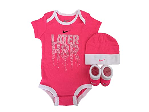 b11b6590c Amazon.com: NIKE Infant Babys 3-Piece Bodysuit, Hat & Booties Set (Hyper  Pink(IGSPN0643)/White/Black, 0-6 Months): Clothing