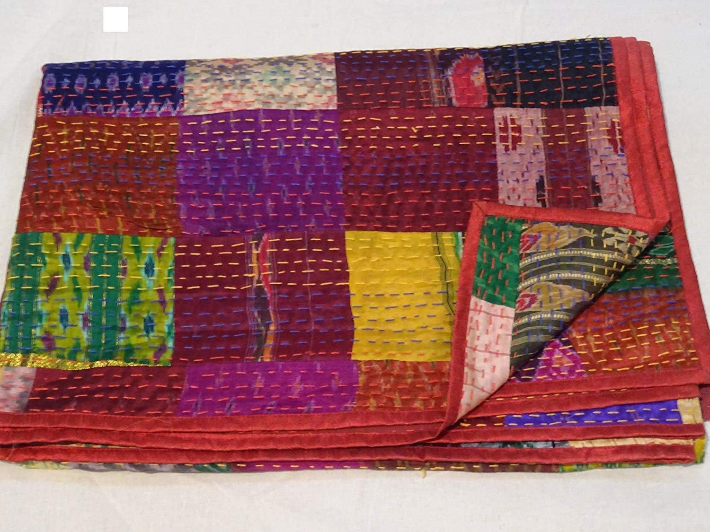 Mantas de Kantha Bohemio Gudari Hechas a Mano Colcha Vintage de Seda India de la Antigua Patola Sari Kantha Janki Colcha India Colcha de Patchwork