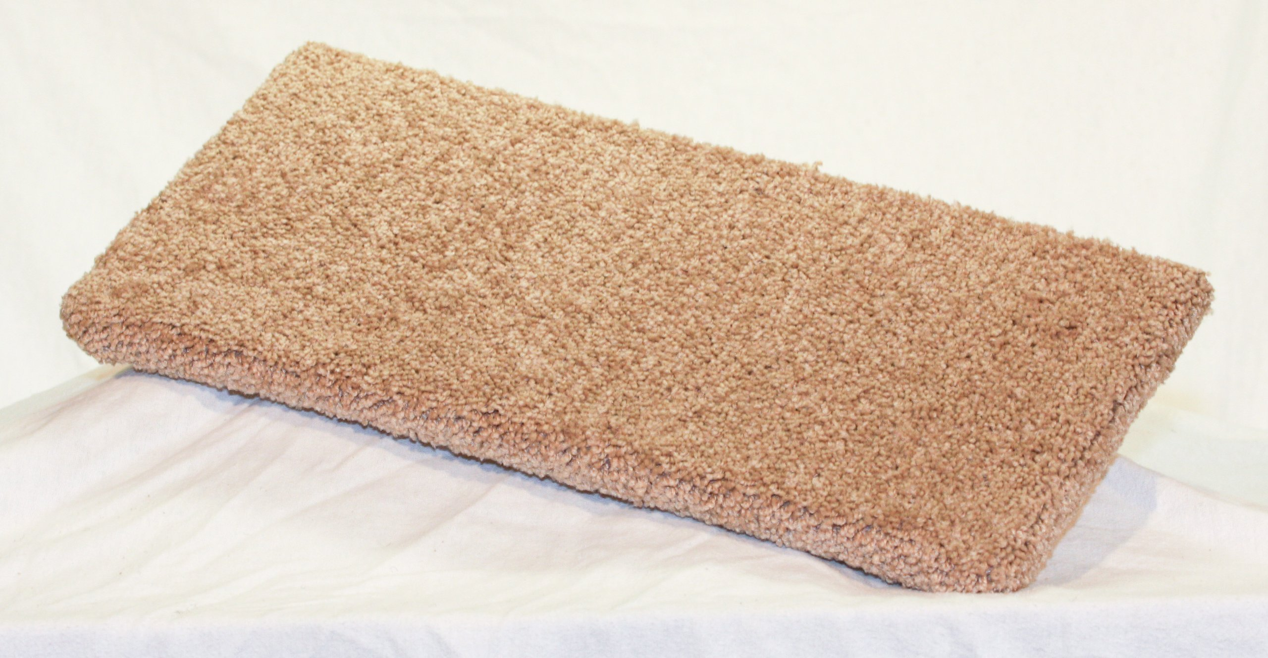 Carpeted Wall Mounted Cat Shelf Beige Medium 20