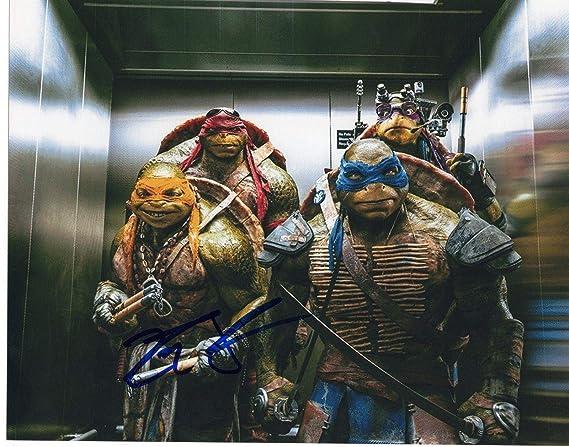 Noel Fisher Teenage Mutant Ninja Turtles Michelangelo Signed ...