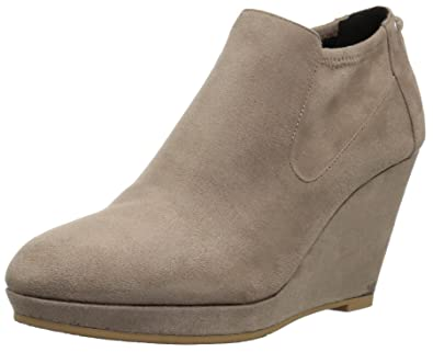 743fbf088077 CL by Chinese Laundry Women s Varina Ankle Bootie