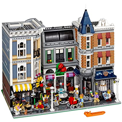 Amazon.com: LEGO Creator Expert ASSEMBLY Square 10255 Building Kit ...