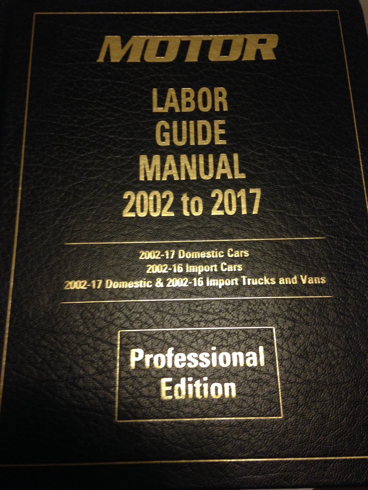 Automotive labor guide book ebook array 2017 motor labor guide plus new 2016 auto truck specification guide rh amazon com fandeluxe Image collections