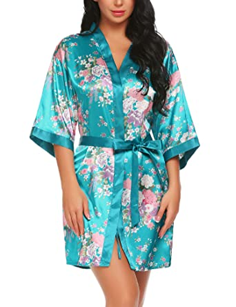 f46ef408855a0b Lucyme Damen Morgenmantel Kimono Bademantel Kurz Satin Nachtwäsche Robe  Schlafanzug Mit Blumen,Blau,S