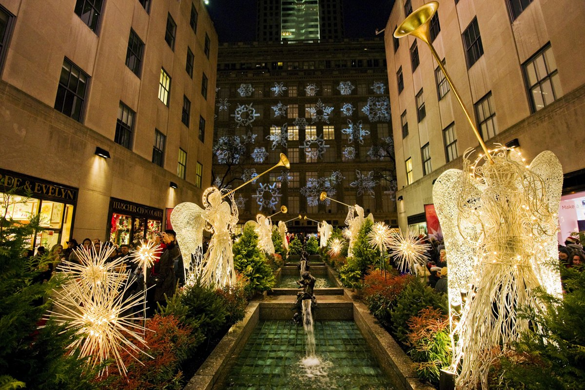 New York During Christmas Time.Amazon Com Rockefeller Center At Christmastime New York