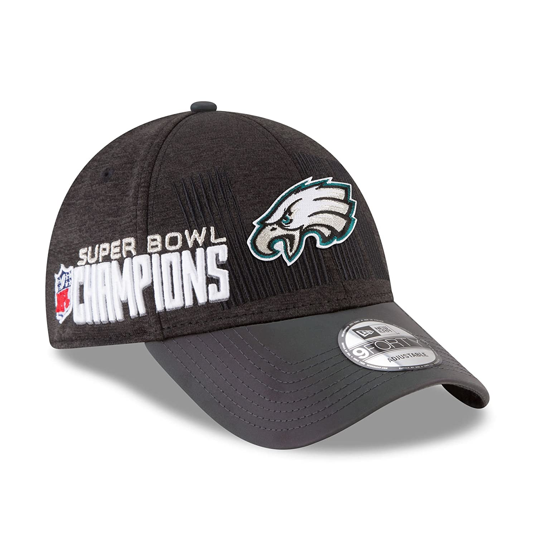 41294e32baa62 Amazon.com   New Era Philadelphia Eagles Super Bowl LII Champions Trophy  Collection Locker Room 9FORTY Adjustable Hat Black   Sports   Outdoors