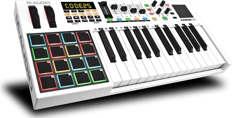 M-Audio Code 25 - Controlador USB-MIDI con 25 teclas, 16 pads de disparo y una completa remesa de controles para la producción/interpretación