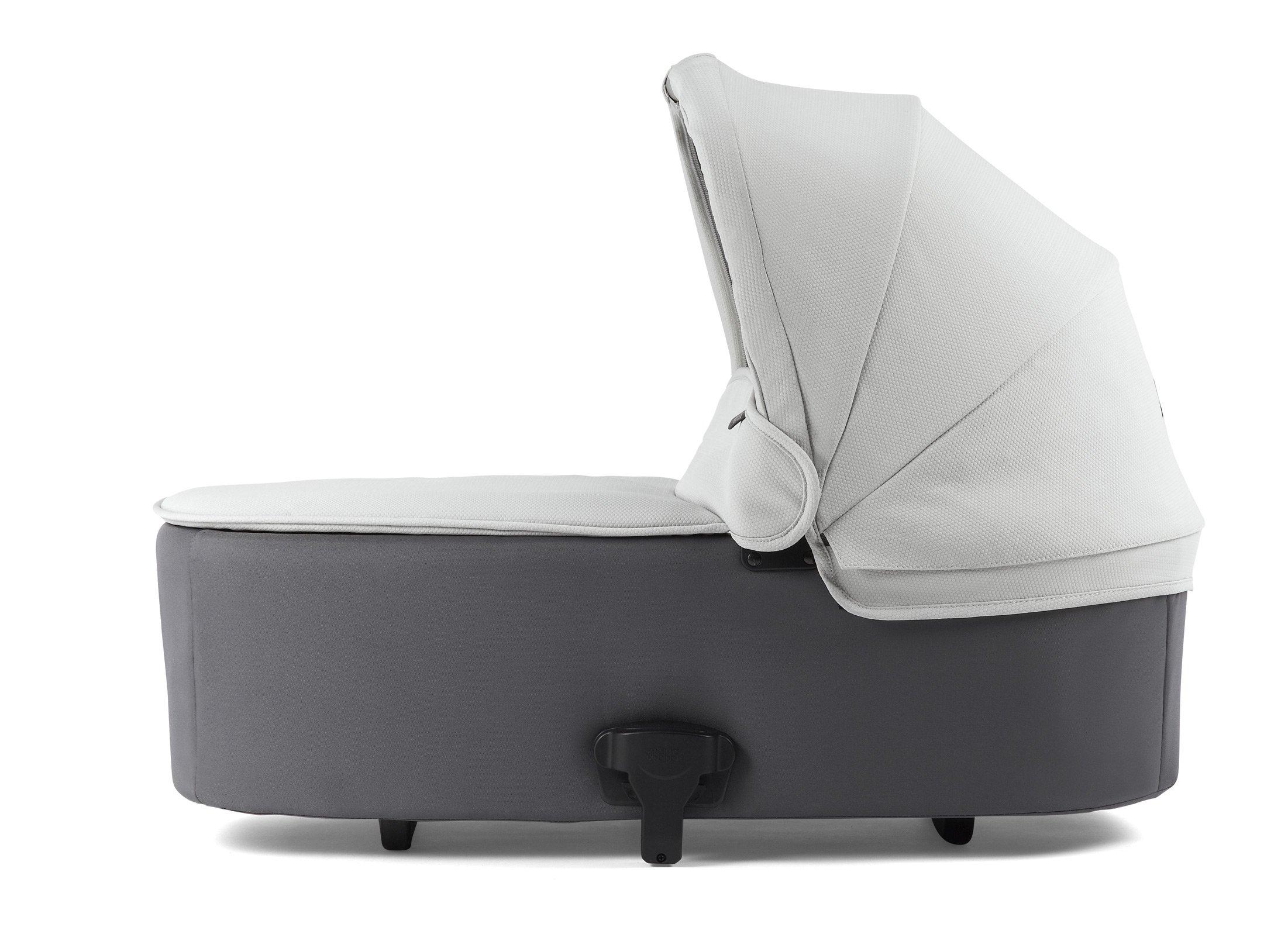 Mamas & Papas Flip XT² Carrycot - Cloud Grey