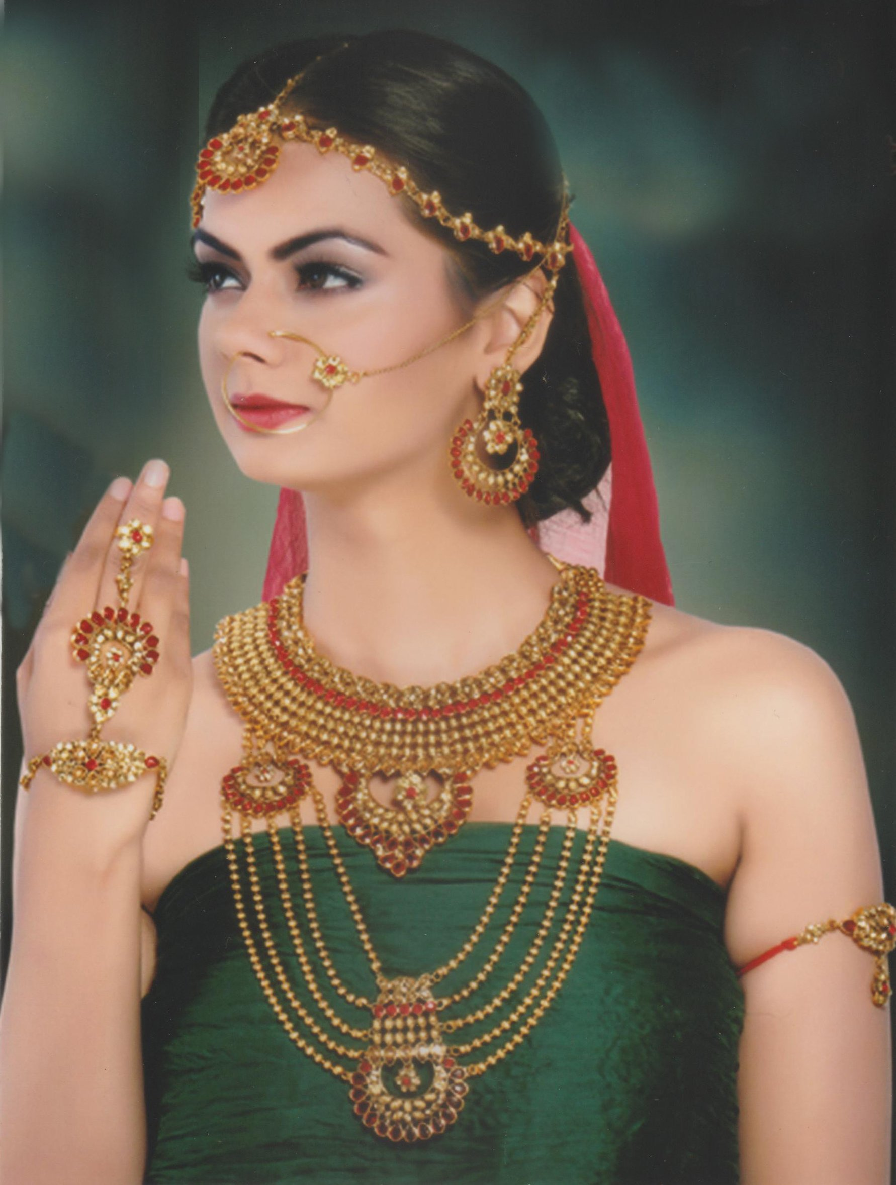 Ethnic Bollywood Style Gold Plated Indian Necklace Earrings Bridal Set Traditional Jewelry