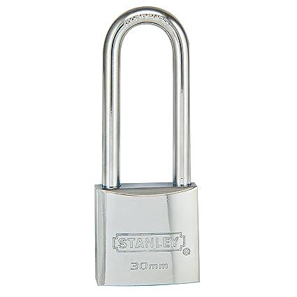 stanley cd5670 marine long shackle padlock 30mm in chrome amazon com