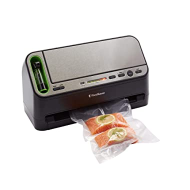 FoodSaver Vacuum Sealer V4440 2-in-1 Automatic System with Bonus Built-in Retractable Handheld Sealer & Starter Kit, Black
