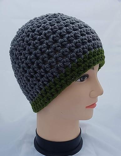 Amazon.com  Men s Grey and Green Chunky Yarn Hat  Handmade 5ff8d66cd130