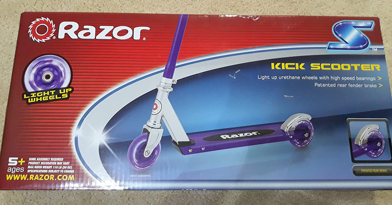 Amazon Com Razor S Light Up Wheels Kick Scooter Blue Green Or