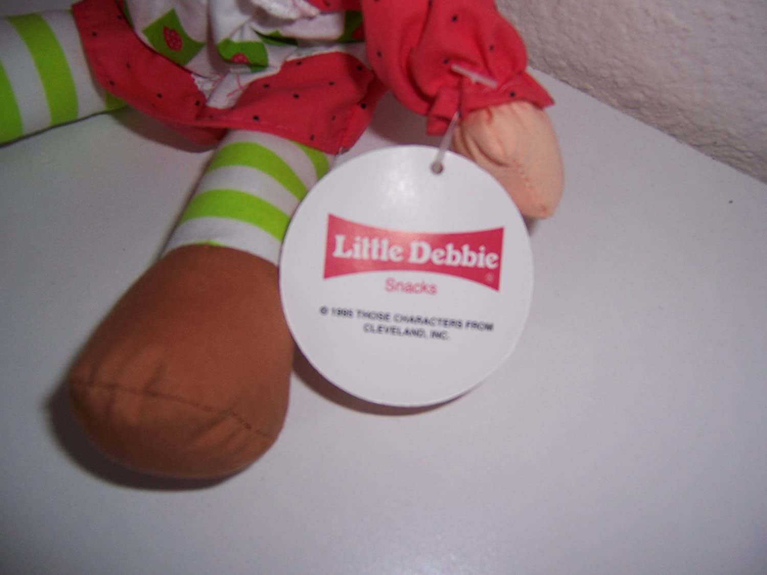 Little Debbie Brand Strawberry Shortcake Collectible Doll Little Debbie Snacks Co. 1995