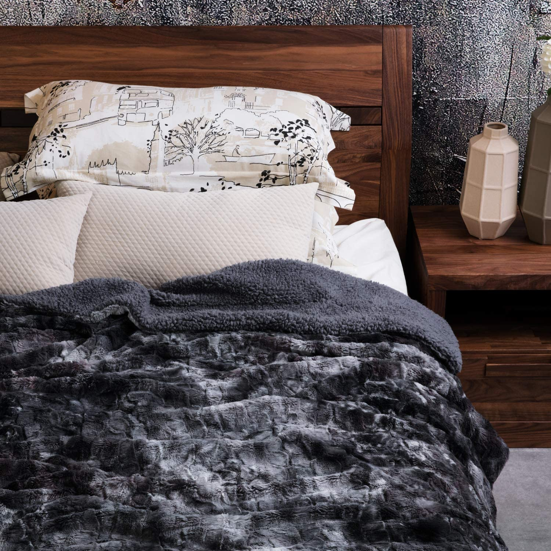 Fuzzy Faux Fur Reversible Tie-dye Sherpa Throw Blanket